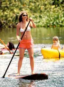 Jen Aniston SUP-ing
